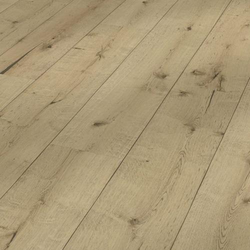 Le revêtement de sol stratifié un support aggloméré sur lequel a été apposé un décor qui prendre toutes les allures, motif bois, béton ou même carrelage