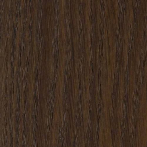 Le parquet contrecollé castle-fumé le charme naturel du bois, les lames se composent d'un parement du bois noble avec un support en latté à fil croisé